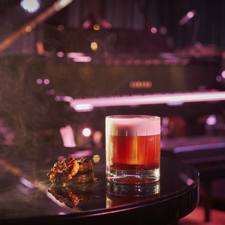 Jazz bars in Singapore: Restaurants and lounges with live music, cocktails and light bites